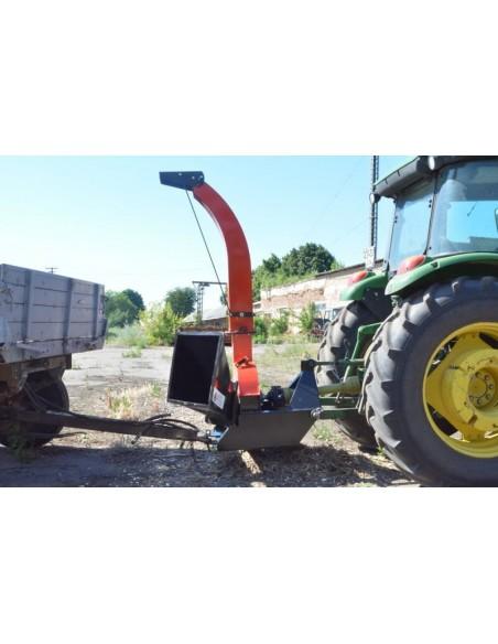 Щепорез 4М-130ТР от ВОМ трактора с усиленной рамой под прицеп (6 м3 в час) - фото