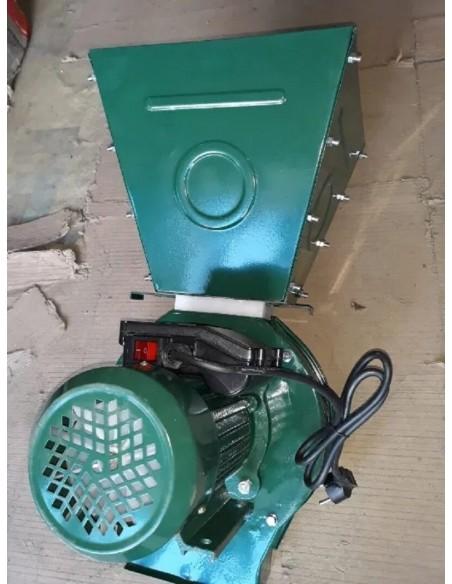 Зернодробилка FIL-TECH ДКУ 4200ВТ (4,5 кВт, 220 В, 200 кг/час) - фото